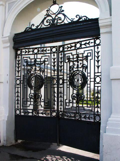 Фото Восстановление и воссоздание ворот и решеток КГУ (КФУ)